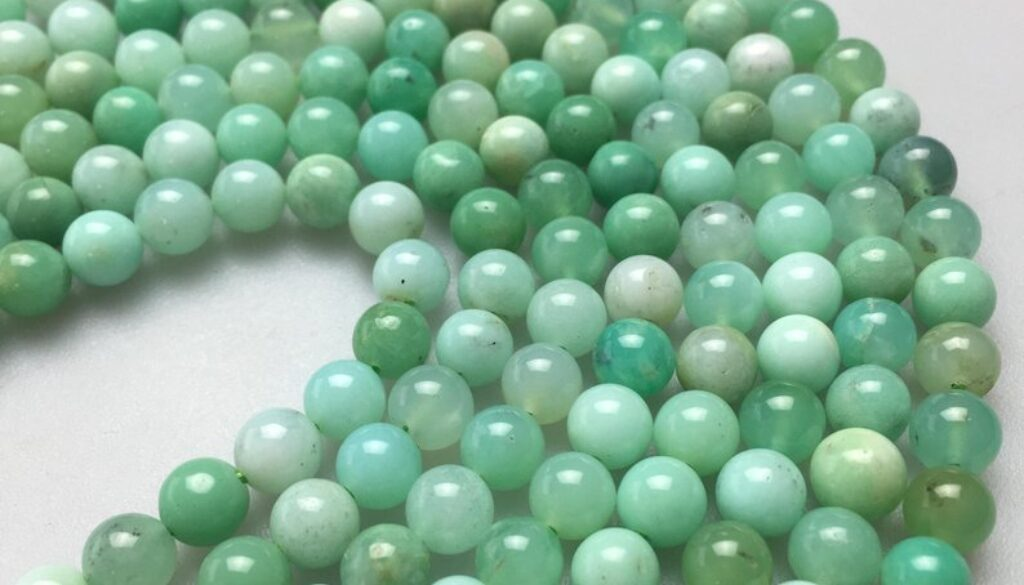 Chrysoprase beads1