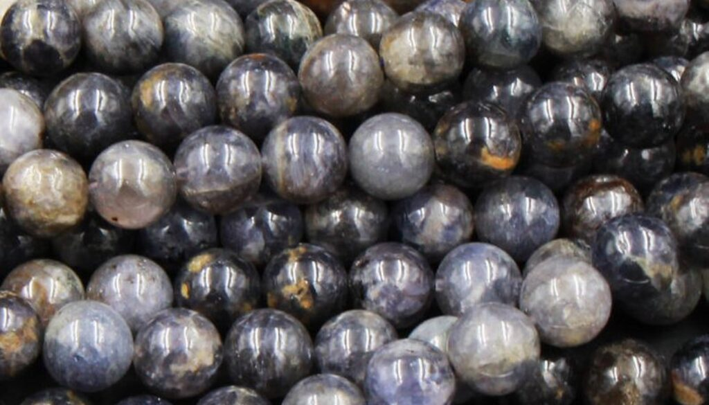 iolite-beads1