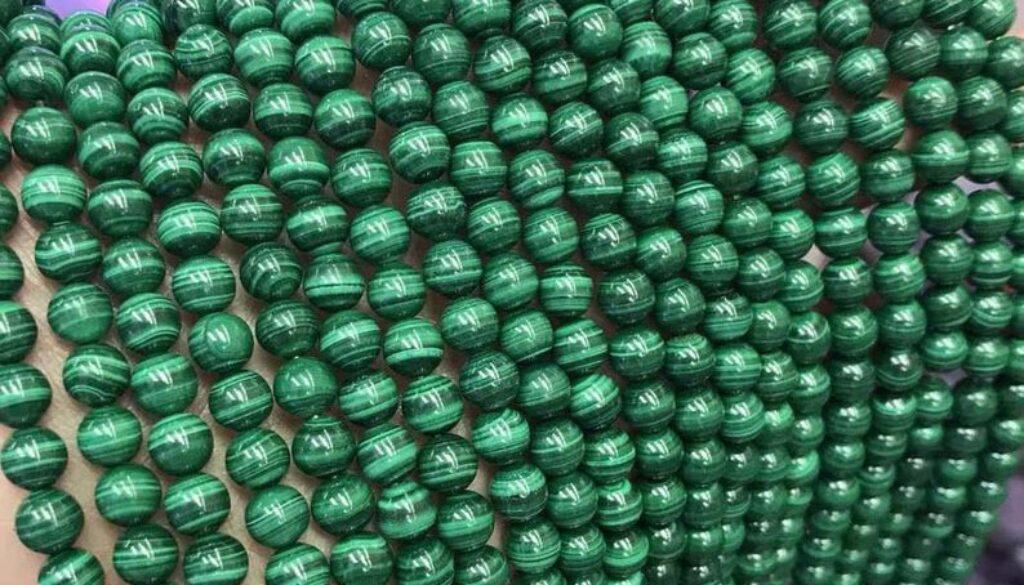 malachite-beads